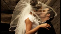 Bride and Groom Kissing HD Wallpaper jpg