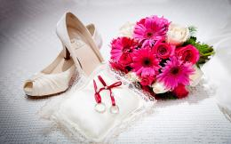 Wedding Love Fashion Shoes Wallpaper
