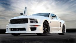 White Car X Hd Jootix Wallpaper with 1366x768 Resolution