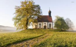 Church On The Hill In Germany HD wallpapers 1923