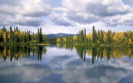 Download Dragon Lake, British Columbia wallpaper