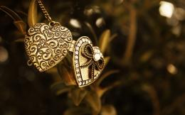 Heart Design Jewelry Images 173