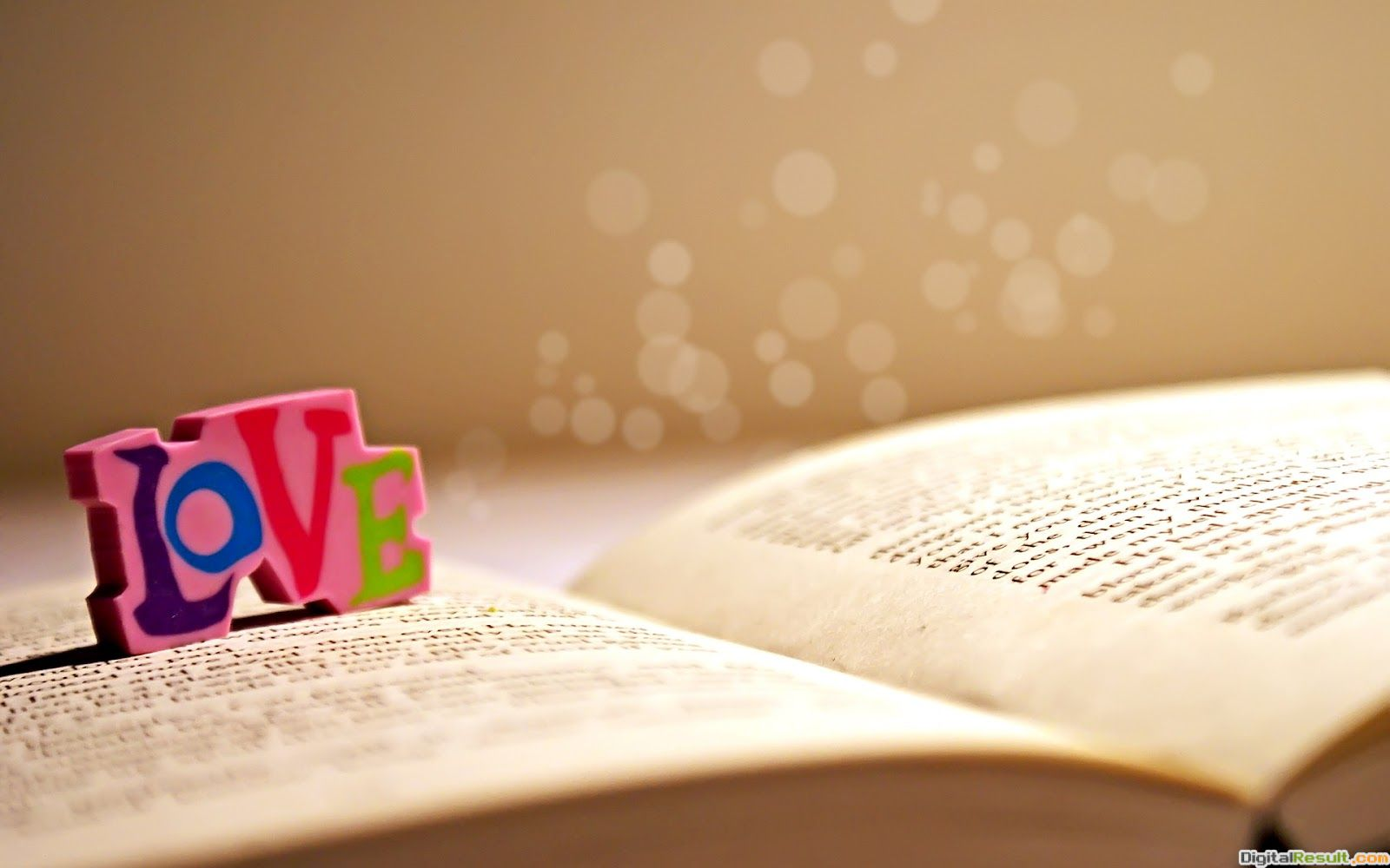 Love Book Wallpapers HD