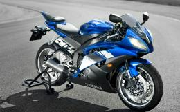 Yamaha Motorcycle YZF R6 Wallpapers Pictures Photos Images