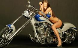 Download Directly Girls & Motorcycles Wallpapers