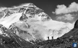 mt everest wallpaper wednesday mount everest summit wallpaper