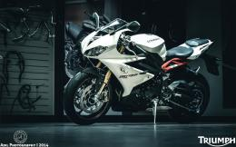 triumph daytona 675r motorcycle hd wallpaper 1920x1200 10750 406