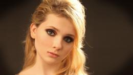 Abigail Breslin Wallpapers 1143