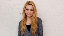 Tagged with: Abigail Breslin desktop wallpapers 734