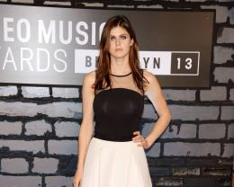 new wallpaper alexandra daddario actress photo alexandra daddario 1013