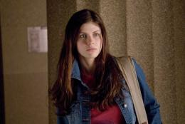 Most popular actress Alexandra Daddario movie still photo 1675