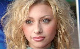 Free Star wallpaperAlyson Michalka wallpaper1920x1200 wallpaper 1224