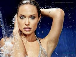Angelina Jolie HD Wallpapers 240