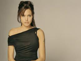 Angelina Jolie HD Wallpapers 717