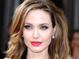 Angelina Jolie Face Makeup 415