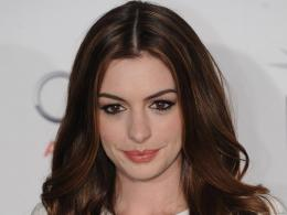 Anne Hathaway Wallpapers 1697