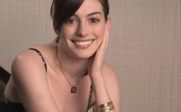 Anne Hathaway Wallpapers 2012 | Latest Anne Hathaway Hot Wallpapers 1321