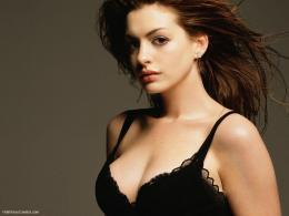 Anne Hathaway Wallpaper 1408