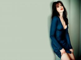 Wallpaper: Anne Hathaway Hot Wallpaper 123