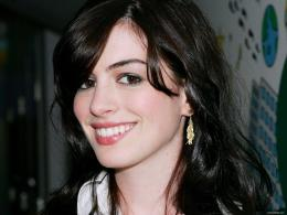 Wallpapers Anne Hathaway FullScreen 305