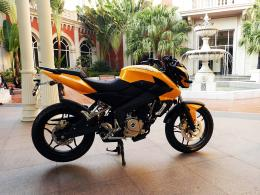 Bajaj Pulsar Bike Wallpaper 1805