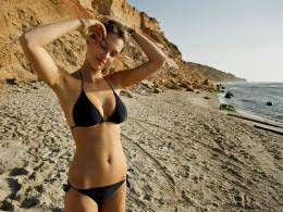 Bar Refaeli Wallpapers 670
