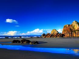 1600x1200 Deep blue sky desktop PC and Mac wallpaper 1035
