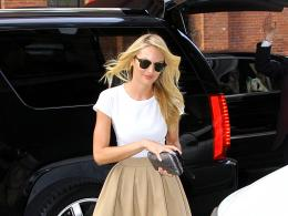 candice swanepoel out and about candids in new york 515