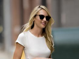 candice swanepoel out and about candids in new york 1563