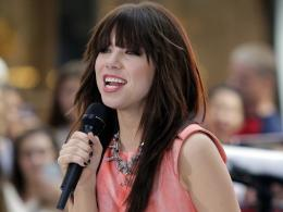 Carly Rae Jepsen 14 HD Wallpaper For Desktop 1295