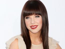 We kind of always knew that Carly Rae Jepsen was a secret princess and 476
