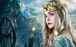 Elle Fanning as Princess Aurora 196