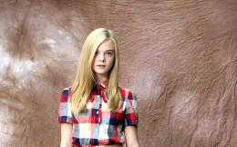 Download Elle Fanning Wallpaper in HD 1503