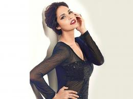 Esha Gupta Wallpapers 333