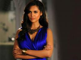 Esha Gupta Wallpaper 925
