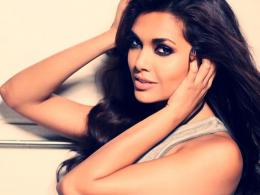 Esha Gupta High Definition Wallpapers, Raaz 3 Heroine Esha Gupta 1768