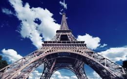 Download: Eiffel Tower HD Wallpaper 985