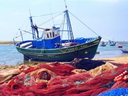 fishing boats with nets fishing boat fishing boat images fishing boat 1006
