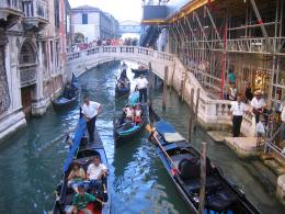 Desktop gondola venice travel people 1357