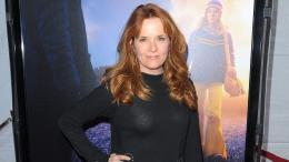 Most Popular American Hollywood Actress Lea Thompson HD Wallpapers 1804