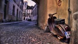 Scooters Old Scooter Italy Hd Px Wallpaper with 1920x1080 Resolution 1293