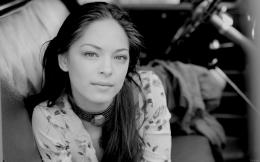 Kristin Kreuk hd Wallpaper 1375