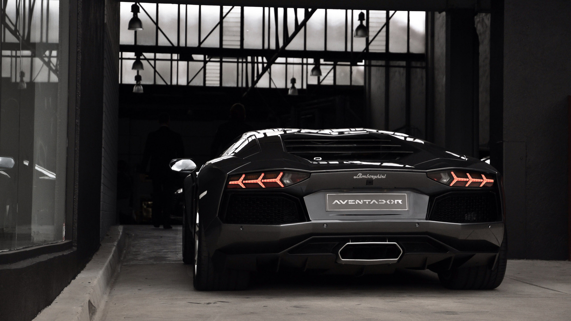 Lamborghini Aventador Rear Car Hd Wallpaper 1822