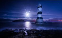 Wallpapers ⇒ Photography ⇒ Lighthouse Wallpaper 1766