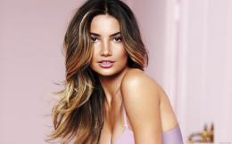 Lily Aldridge High quality wallpaper size 1680x1050 of Lily Aldridge 1387