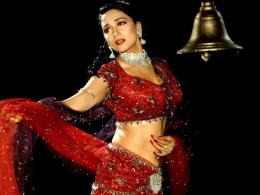 Madhuri+Dixit+HD+Wallpapers vvipadwallpapers+ 6jpg 520