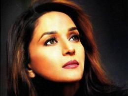 Madhuri Dixit Hd Wallpapers 965