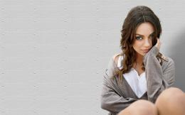 Mila Kunis HD Wallpaper 552
