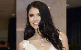 Labels: Nina Dobrev HD Wallpapers 1372