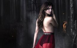 Nina Dobrev in Vampire Diaries 613